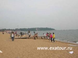 Свадебная-фотосессия-на-берегу-моря-500x373